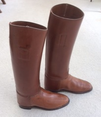 Brown Pull-on Boots